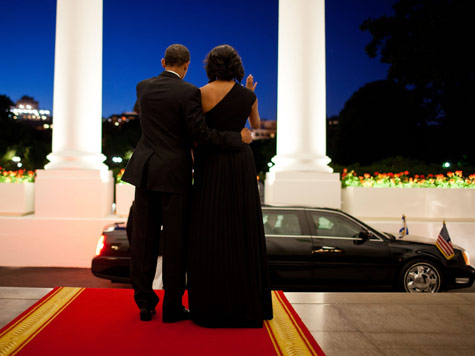 obama-michelle-party-wave-wh-photo